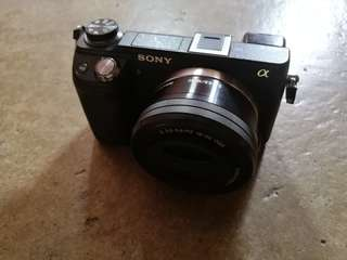 Sony NEX 6 with Kit Lens 16-50mm