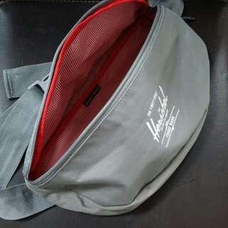 Herschel Sixteen waist pouch