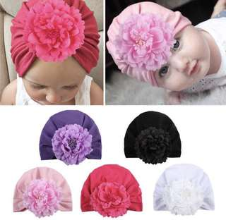 Baby beanie cap with big flower