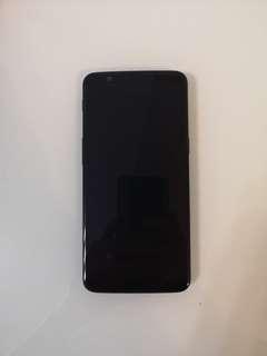 90%新 oneplus 5T 6+64gb 黑色 香港行貨 全套 有保養