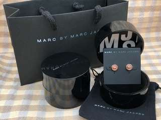 Marc By Marc Jacobs玫瑰金鈕扣耳環
