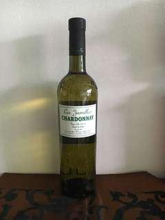 Wine - Les Janelle's Chardonnay 2015