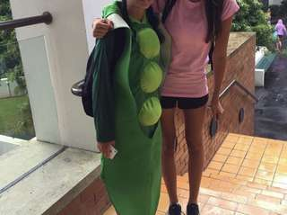 Pea costume