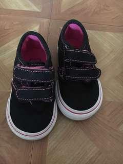 Vans sneakers for baby girls