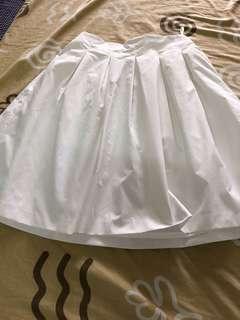 Orig uniqlo white skirt