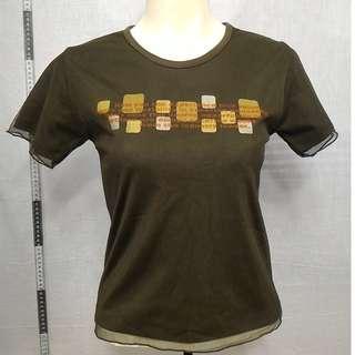 🚚 11118172-Antique DEBBIESTUDIO translucent cover veil dark moss green T shirt古著透光外罩紗深苔綠T恤