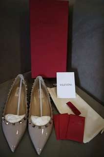 Authentic Valentino shoes brand new