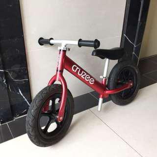 CRUZEE 平衡滑步車 Push Bike