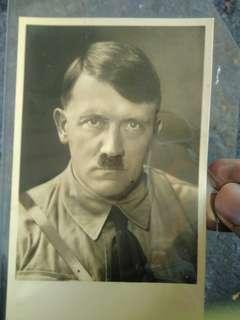 Poskad lama Aldolf Hitler