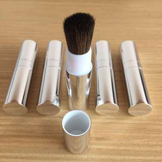 5 new Clinique makeup brushes