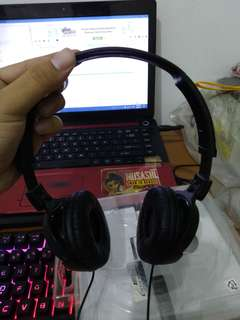 Sony MDR-ZX110AP On-Ear Foldable Headphone with Mic