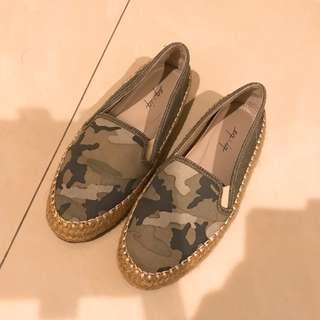 🚚 eq:iq 迷彩平底鞋