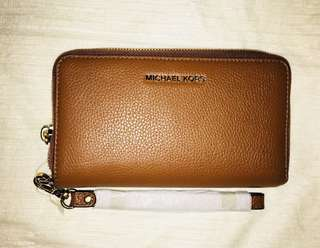 REPRICED!!! Authentic Michael Kors Wallet 3k