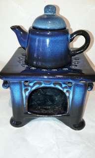VINTAGE PORSELINE COUNTRY STYLE BLUE -BURNER TEA POT