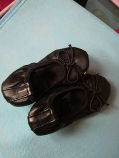 New born black shoes