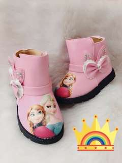 Kids frozen boots
