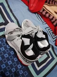 Sepatu import kualitas oke banget