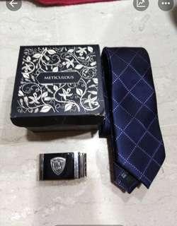 Meticulous Tie & belt buckle Gift Set