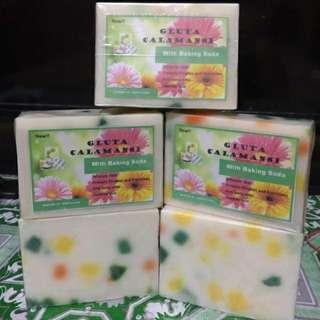 Gluta calamansi soap with baking soda