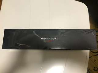 Apple Watch series 3 Nike+ (GPS +Cellular, 42mm)