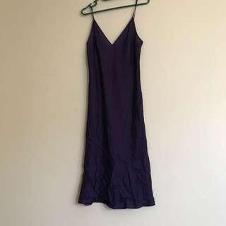 🎆🔮💜luxurious purple slip on Midi dress
