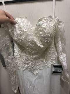 🚚 一字領 蕾絲珍珠 白 魚尾禮服