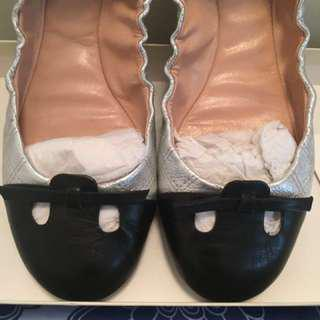 Auth MARC JACOBS quilted leather flats 36 fit 5.5 & 6