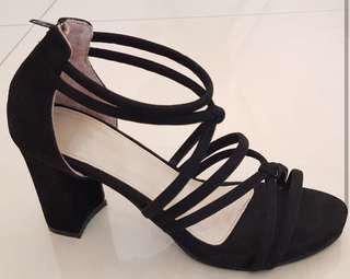Molina heels