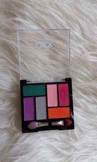 Eyeshadow Oxx Cosmetics + Brush Powder (No Brand)
