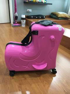 Zefer Pony 4 wheels roller luggage bag with locks