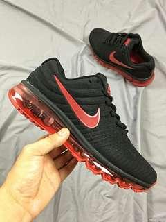 Nike Air Max 2017 全掌氣墊慢跑鞋