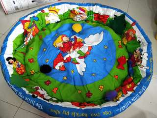 🚚 Double-sided Discovery Activity Playmat