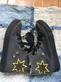 Cotton On Star shoes