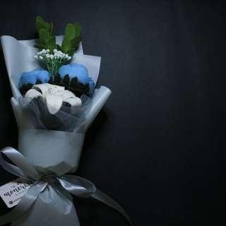 Moncraft Trinity Bouquet