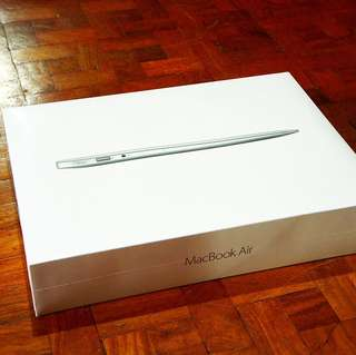 Macbook Air 2017 13.3 inch brand new