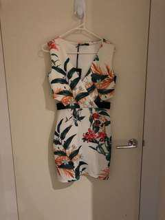 BNWT dress boohoo