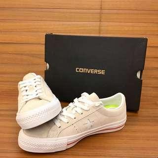 全新 CONVERSE One Star Skate麂皮休閒鞋/運動鞋-149907C-米白 賣家腳尺寸24.5/25皆可