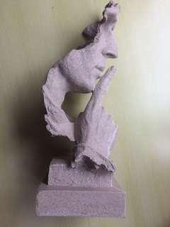 西班牙現代藝術雕像座