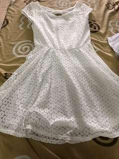 Iz byer white lace dress