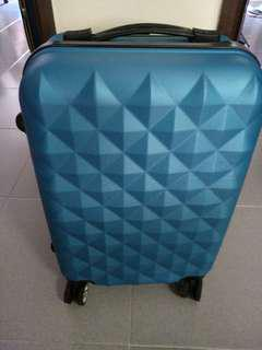 Cabin Size Light Weight Spinner Luggage (Used once only)
