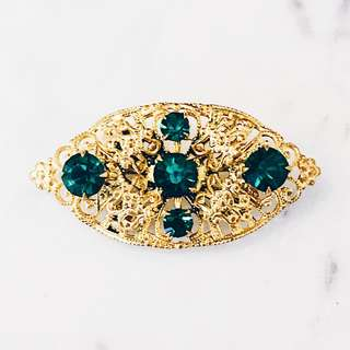 Vintage Czech Emerald Crystal Brass Filigree Brooch Pin