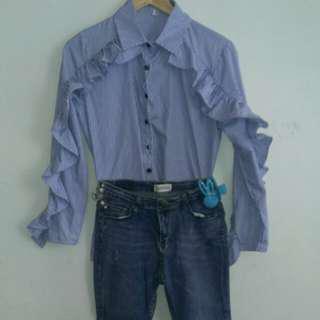 🚚 (含運100)造型荷葉袖上衣+牛仔褲