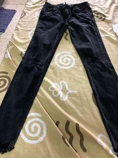 Overrun zara ripped black pants
