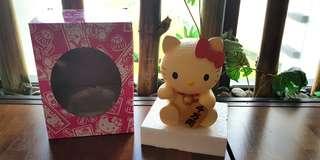 BNIB HELLO KITTY FORTUNE CAT (LIMITED EDITION FM TAIWAN)