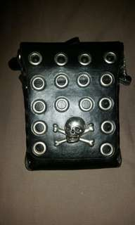 Skull small shoulder bag.