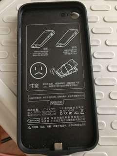 iPhone 充電殼