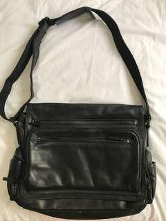 Kenneth Cole Laptop Bag