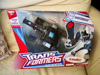 Transformers shockwave voyager v class 100% new 變形金剛