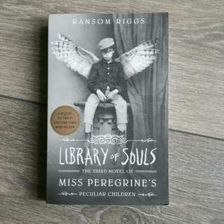 Miss Peregrine's Peculiar Children Book 3: Library of Souls