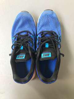Nike zoom Winslow 3 running shoes
